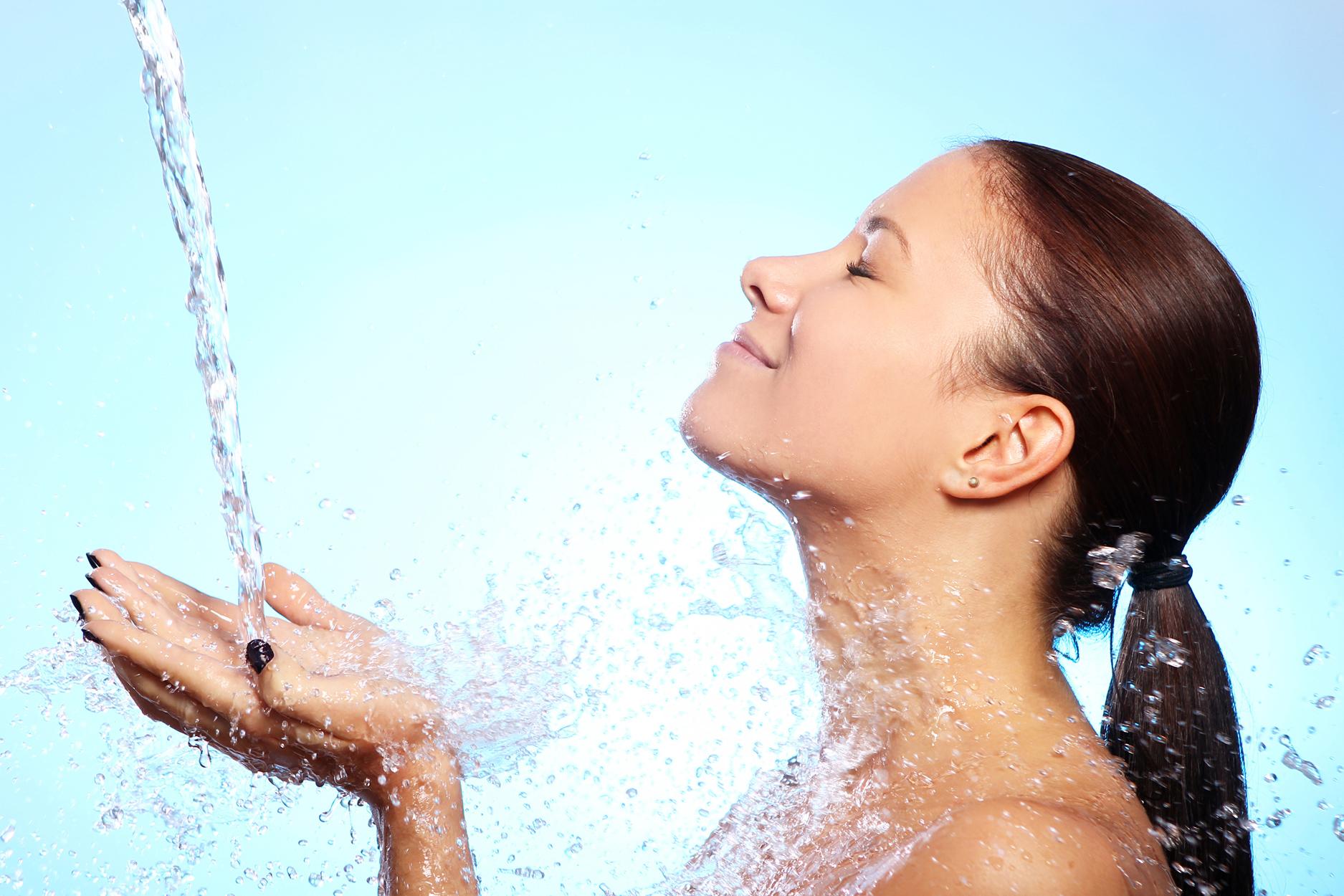 ¿Qué es lo que realmente necesita su piel? ¡Una buena dosis de hidratación!